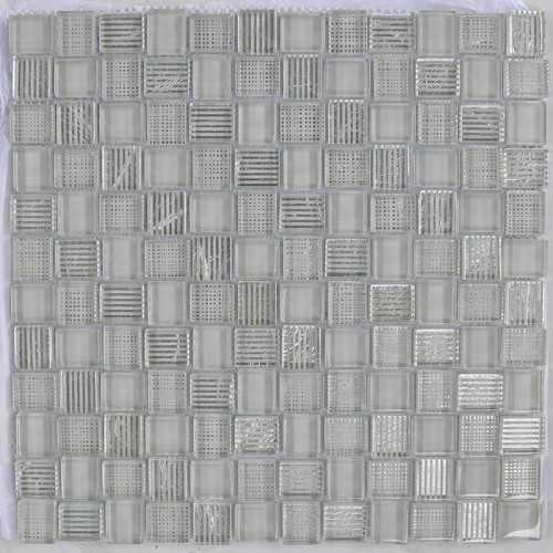 Mosaico Cuadrado Superwhite Glass Painted Grey & Silver Leaf