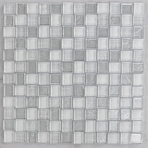 Mosaico Cuadrado Superwhite Glass Painted White & Silver Leaf